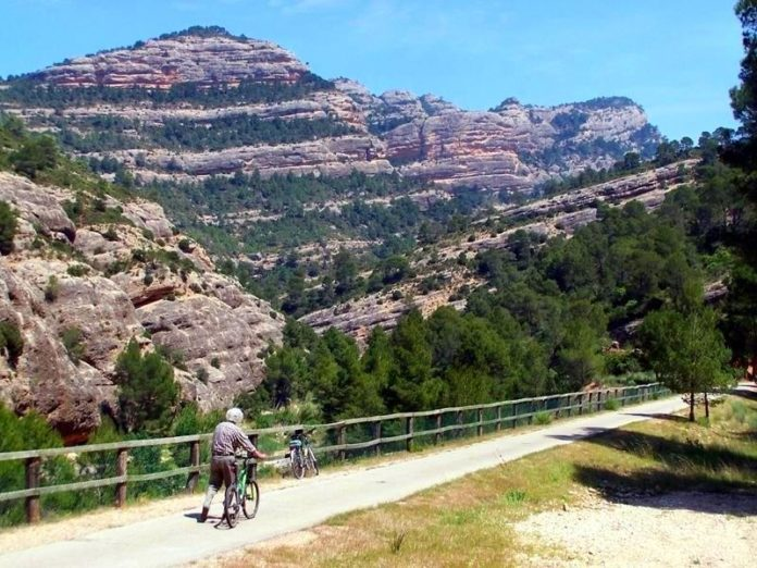 rutas en bicicleta aragón vía verde val de zafan