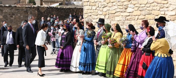 Los Reyes de España han presidido en Fuendetodos el acto central del 275 aniversario de Goya. Foto DGA